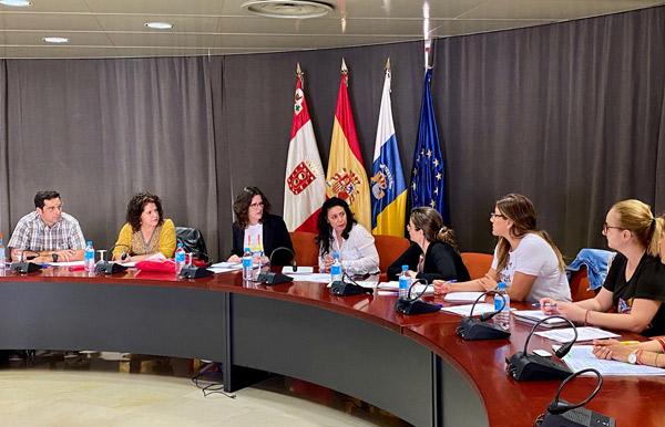Resultado de imagen de y Cabildo de La Gomera destinarán cerca de un millón de euros para atender la violencia de género en La Gomera hasta 2022
